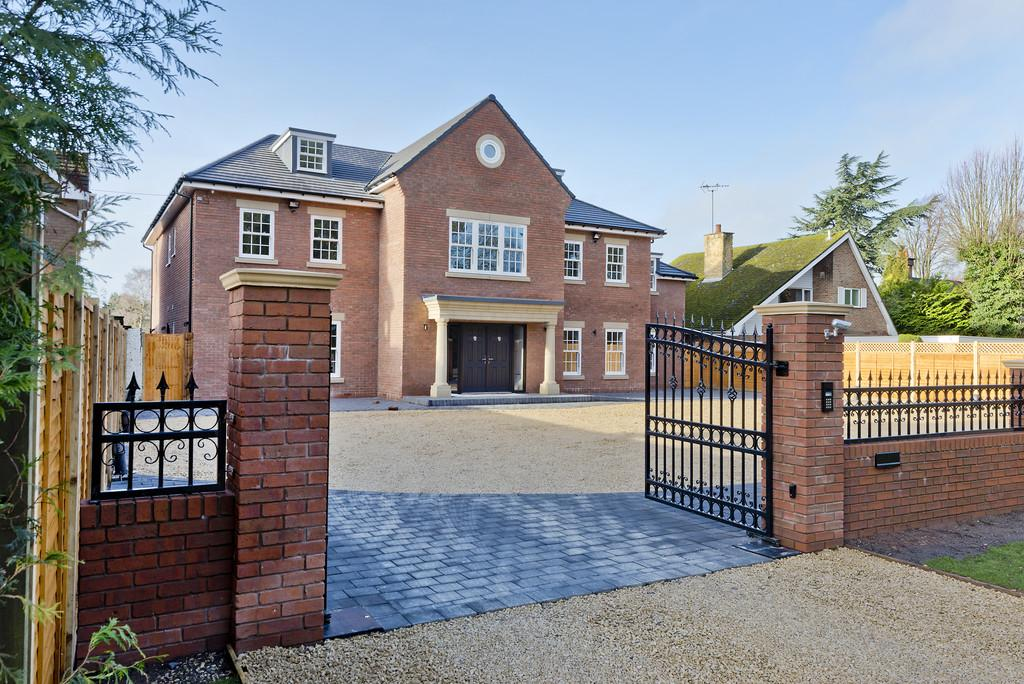 Warwick Road Knowle 7 Bed Detached House