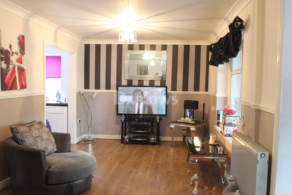 2 Bedrooms Bungalow for sale in Fair View, Hirwaun