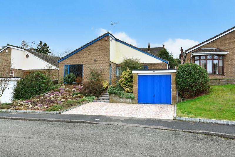 3 Bedrooms Bungalow for sale in Norton View, Halton Village, Runcorn