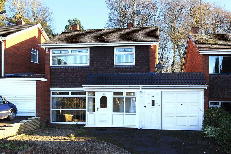 4 Bedrooms Detached House for sale in FINCHFIELD, Broadway