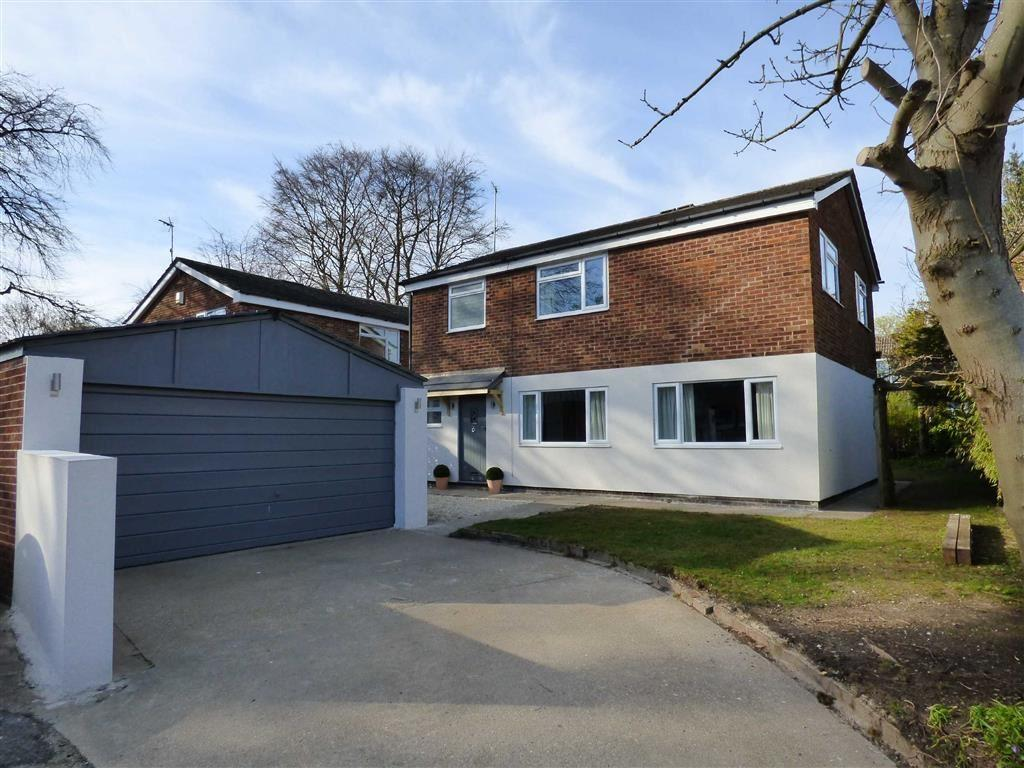 4 Bedrooms Detached House for sale in Hunter Road, Elloughton
