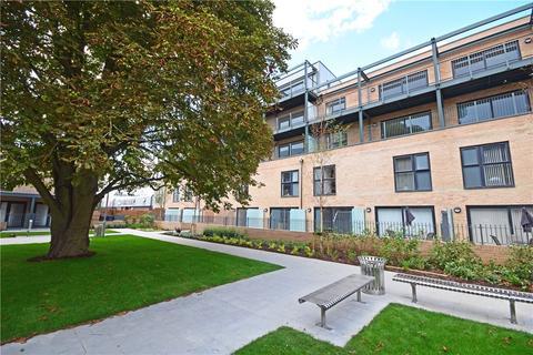 2 bedroom apartment to rent - Flamsteed Close, Rustat Road, Cambridge, CB1