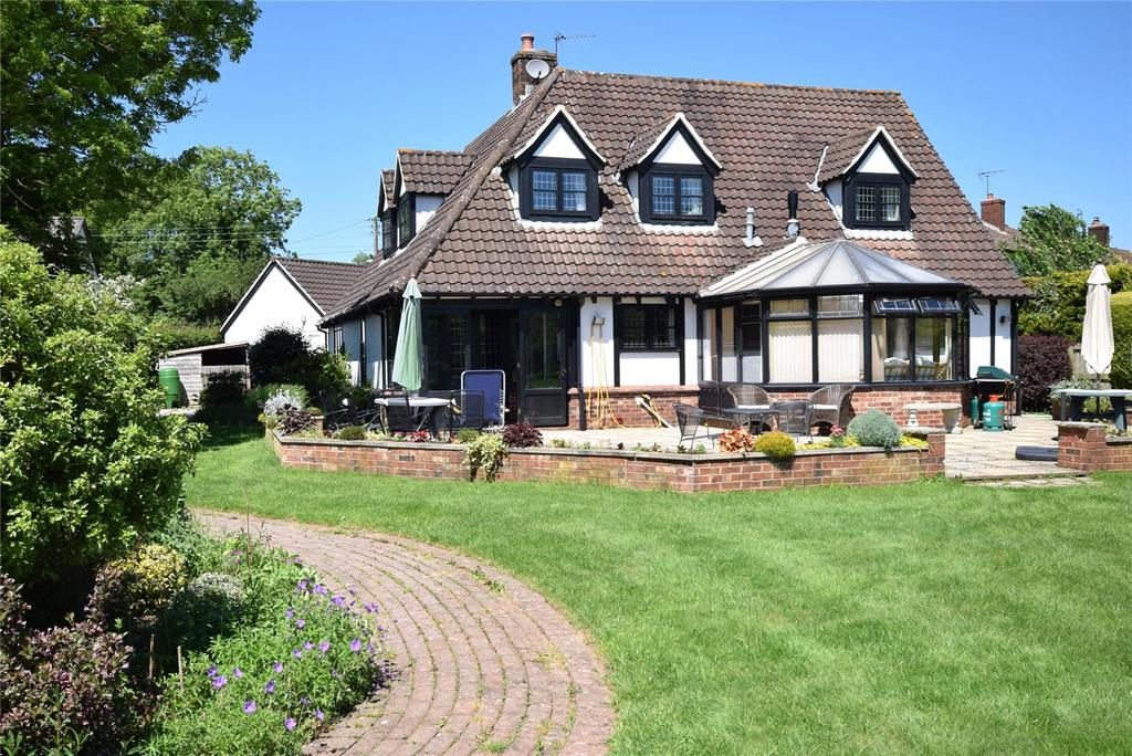 4 Bedrooms Detached House for sale in The Green, Whimple, Exeter