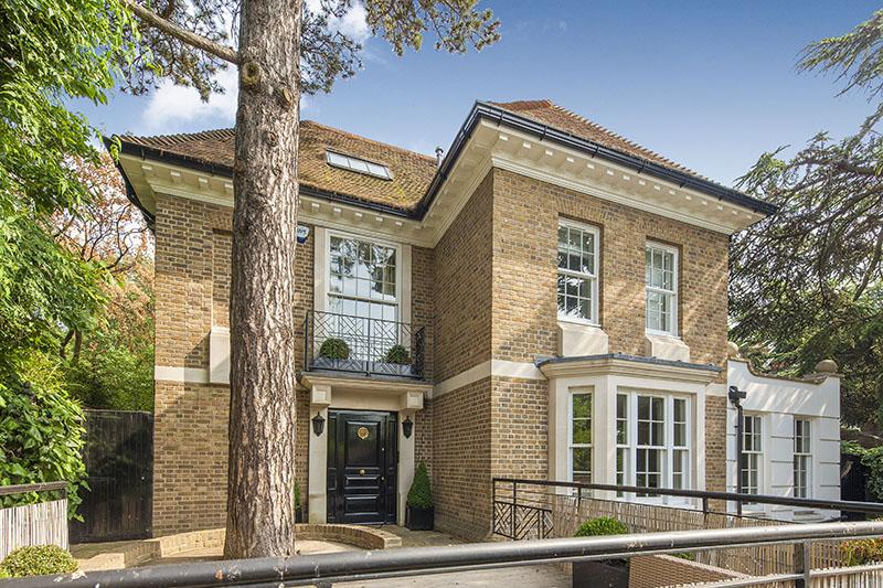 6 Bedrooms Detached House for sale in REDINGTON ROAD, HAMPSTEAD VILLAGE, LONDON NW3