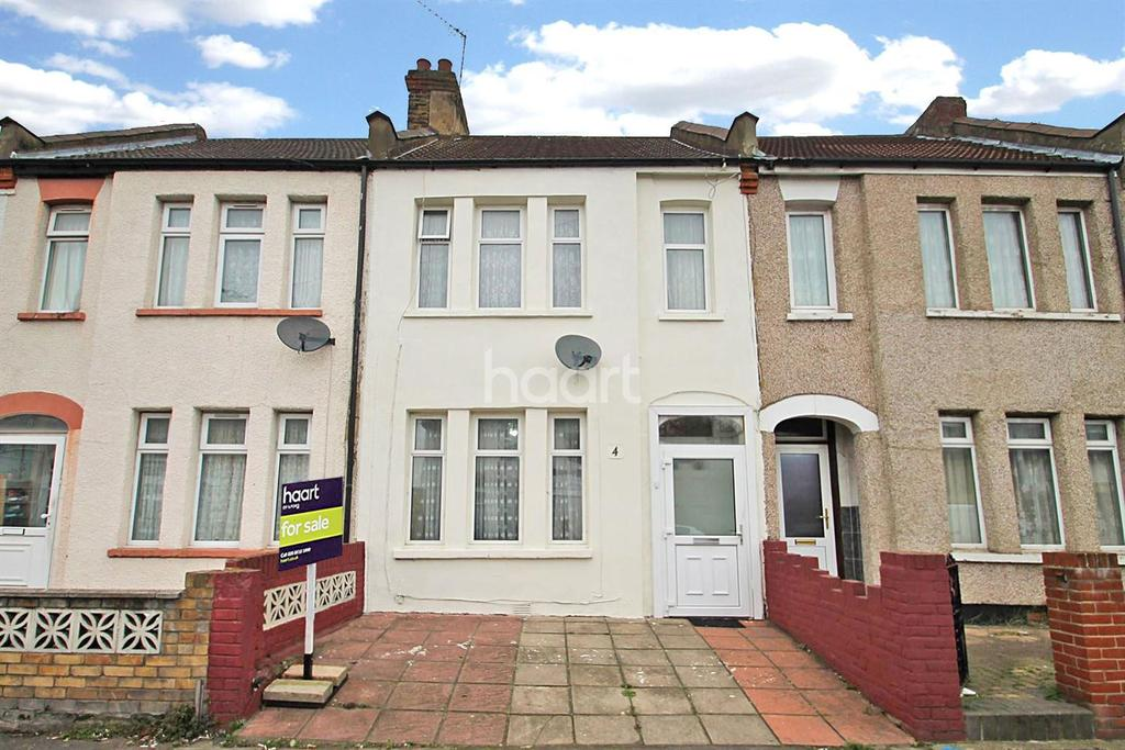 3 Bedrooms Terraced House for sale in Roman Road, Ilford, Essex