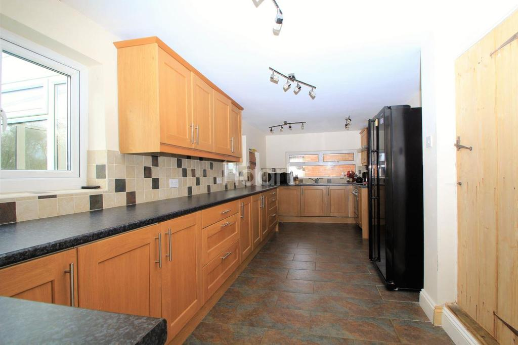 6 Bedrooms Detached House for sale in Podmore Lane, Dereham