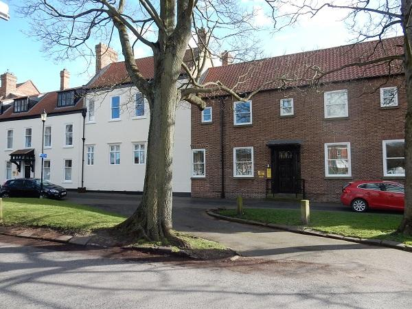 2 Bedrooms Apartment Flat for sale in Norton Hall, Norton, Stockton on Tees TS20