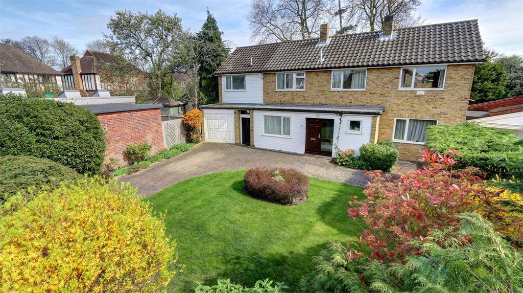 4 Bedrooms Detached House for sale in Oldfield Close, Bickley, Bromley, Kent