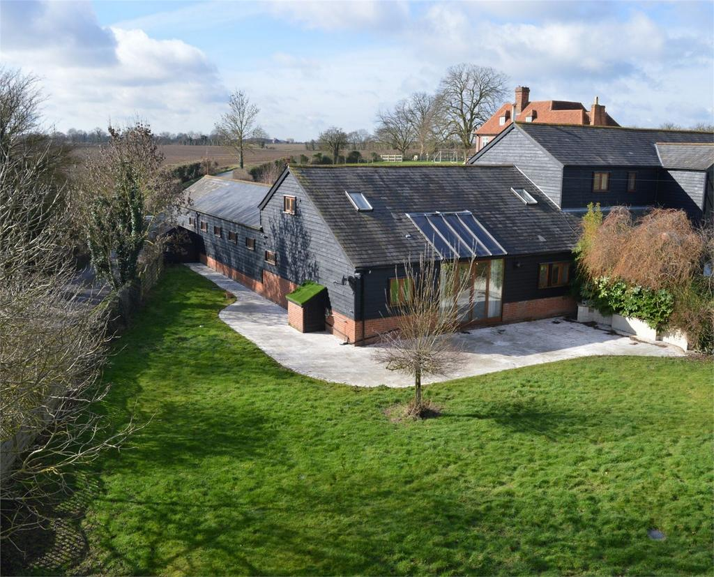 4 Bedrooms Mews House for sale in 1 Tharbies Barns, Rook End, High Wych
