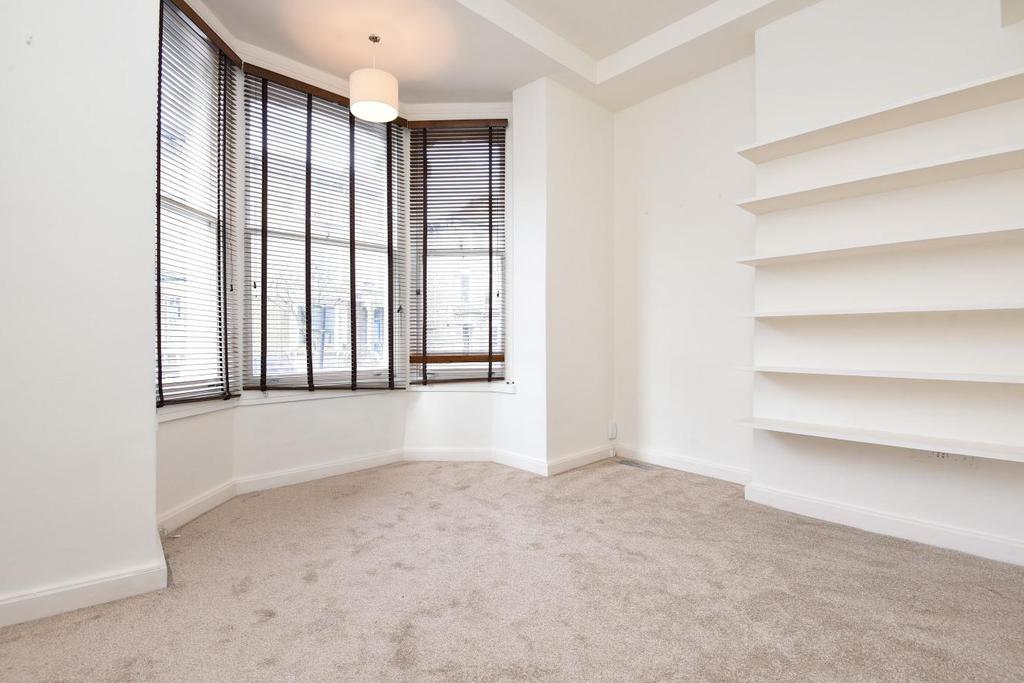 1 Bedroom Flat for sale in Ramsden Road, Balham