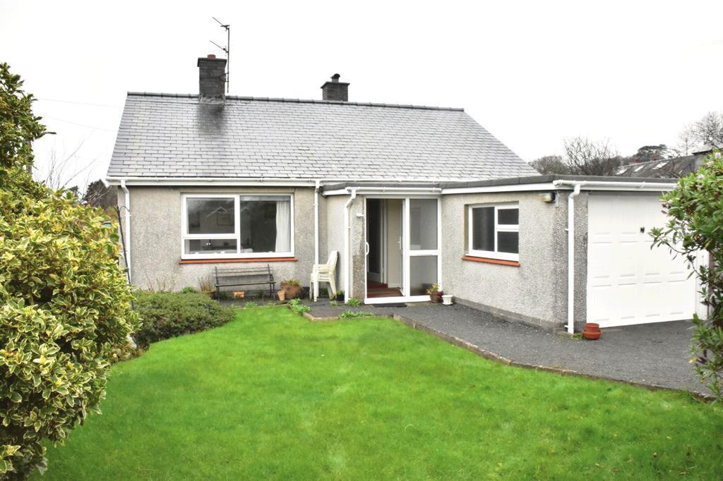 2 Bedrooms Bungalow for sale in Gelli, Dyffryn Ardudwy, LL44