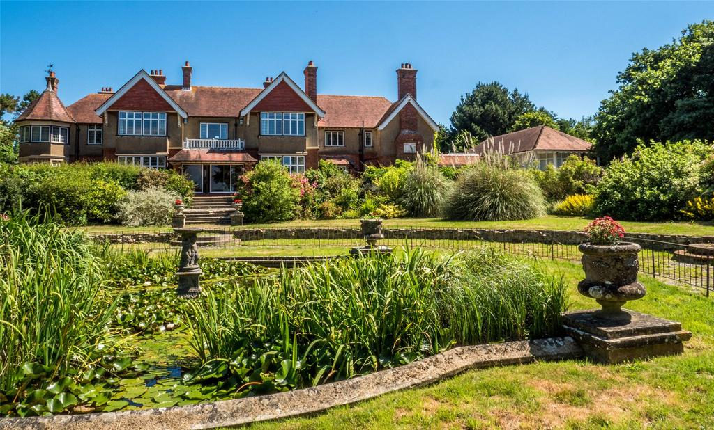 7 Bedrooms Detached House for sale in Brocks Copse Road, Wootton Bridge, Ryde, Isle Of Wight