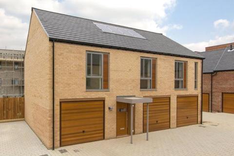 2 bedroom apartment to rent - Falcon Road, Trumpington, Cambridge