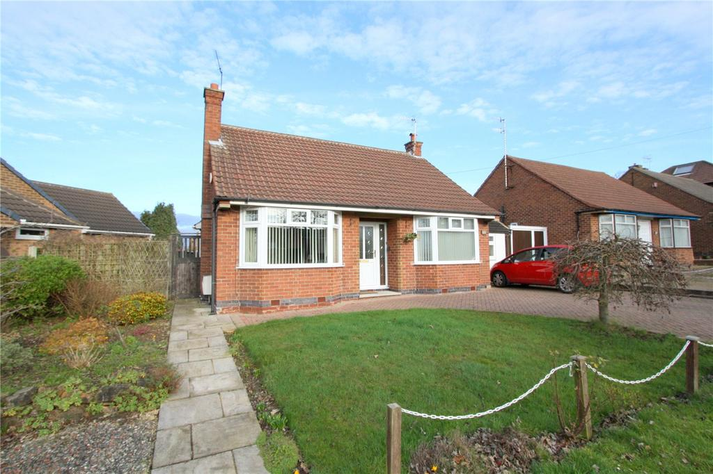2 Bedrooms Detached Bungalow for sale in Stanhome Drive, West Bridgford, Nottingham, NG2