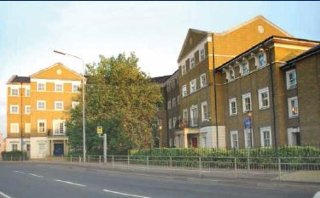 1 Bedroom Apartment Flat for sale in Lyttleton House, Broomfield Road