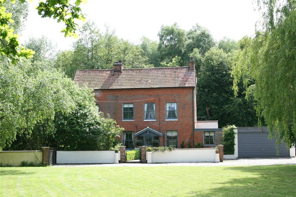 5 Bedrooms Detached House for sale in Tatterford, Fakenham, Norfolk