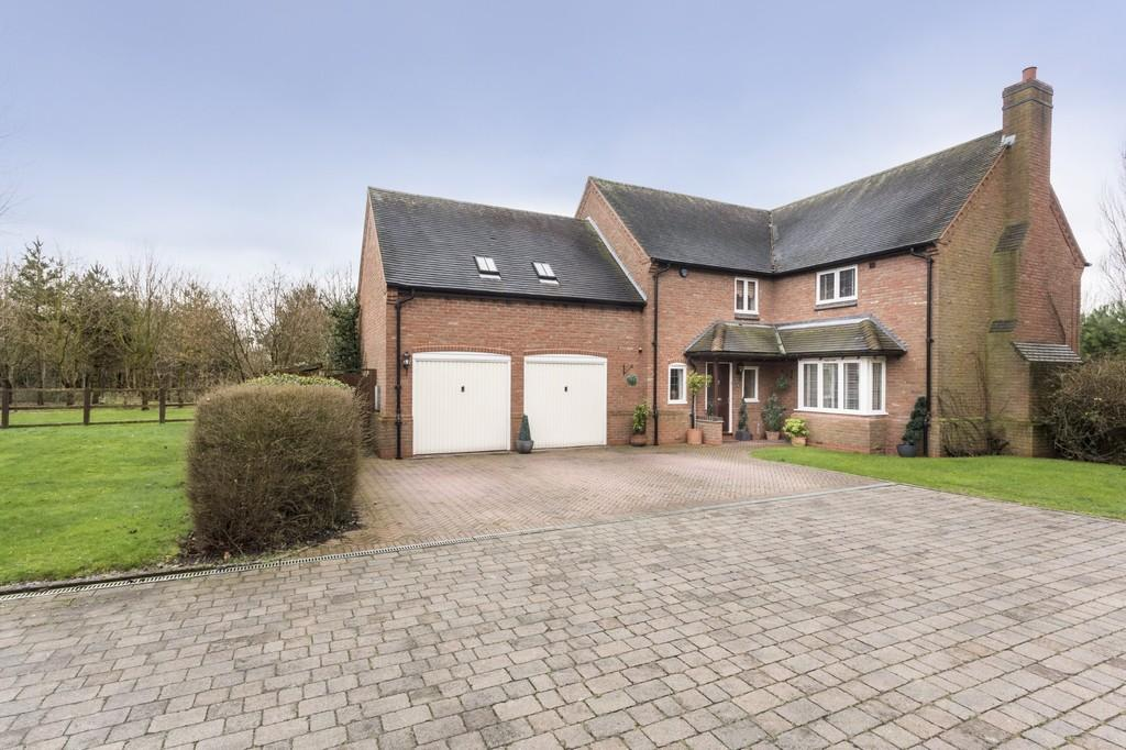 4 Bedrooms Detached House for sale in The Woodlands, Tatenhill
