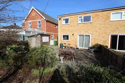 2 bedroom ground floor maisonette to rent - St Francis Court, Tyn-y-Pwll Road, Whitchurch
