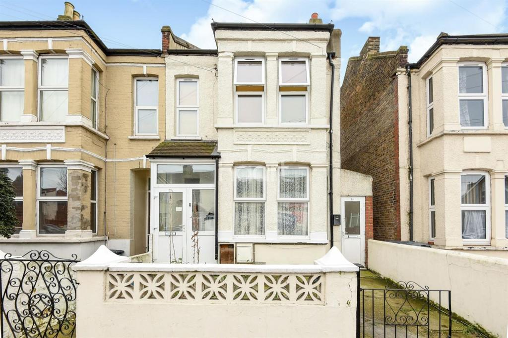 2 Bedrooms Maisonette Flat for sale in Sandfield, Thornton Heath, CR7