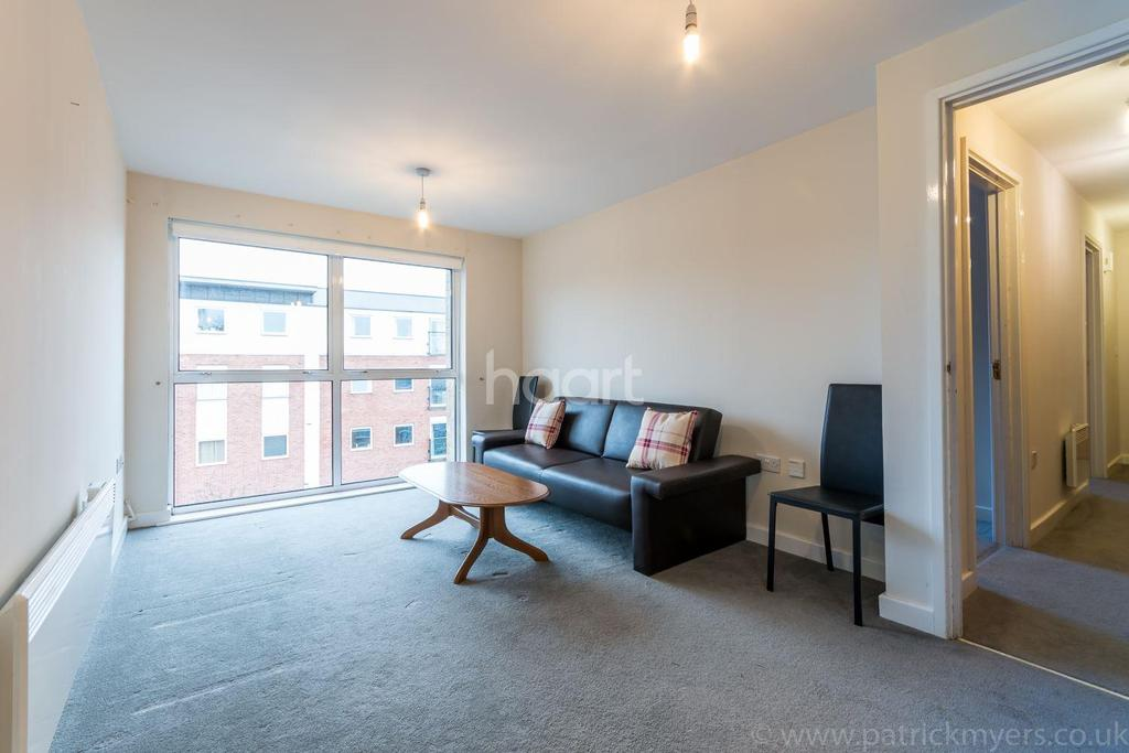 2 Bedrooms Flat for sale in Highwood Close, Dulwich, SE22