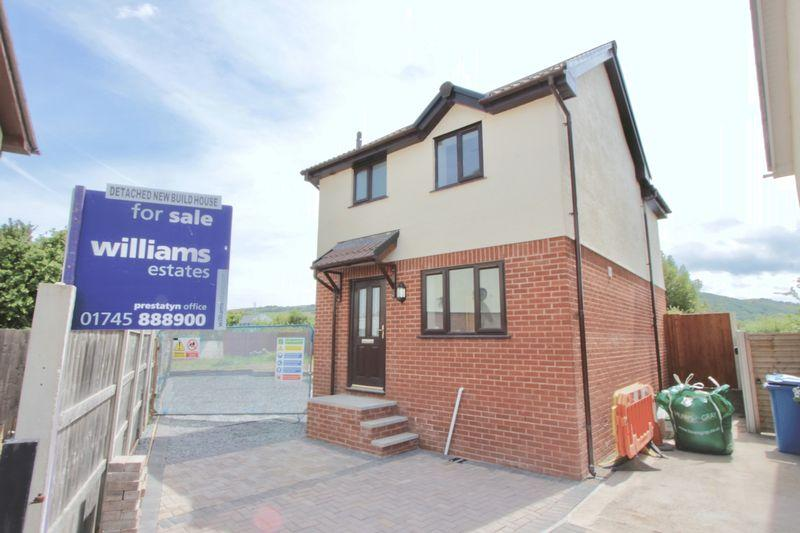 2 Bedrooms Detached House for sale in Gwelfryn, Prestatyn