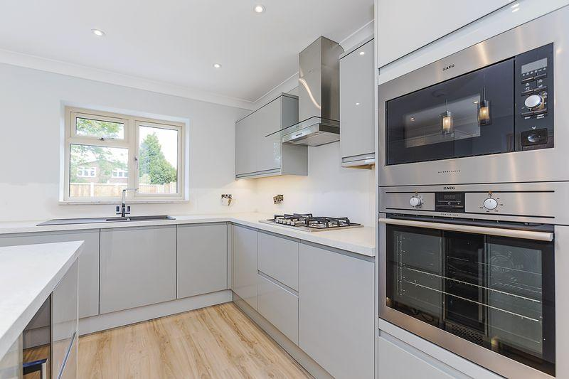 4 Bedrooms Semi Detached House for sale in Sandstone Terrace, Sandford Road, Bexleyheath