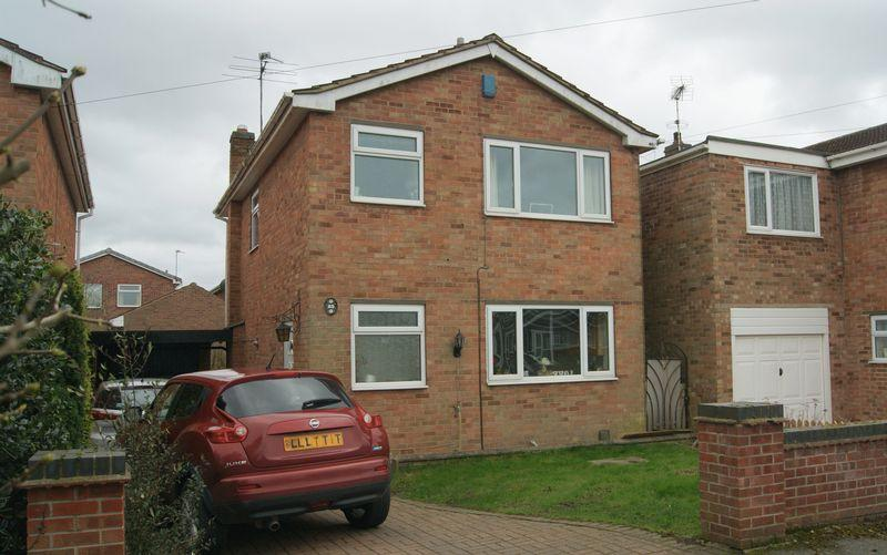 3 Bedrooms Detached House for sale in Nursery Avenue, Farndon