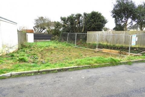 3 bedroom property with land for sale - Plot South of 34 Trenethick Avenue, Helston, TR13