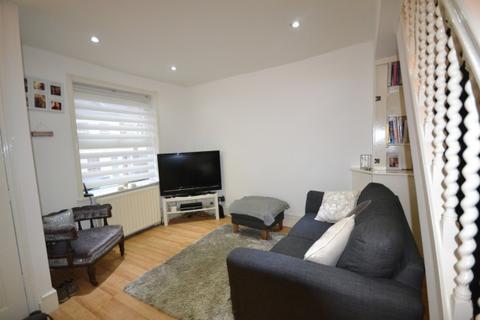 2 bedroom terraced house to rent - Borough Hill,  Croydon, CR0