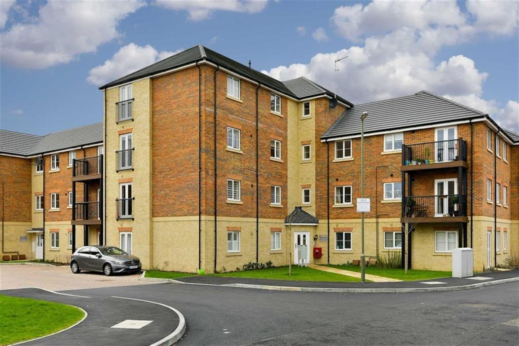 2 Bedrooms Flat for sale in Scott House, Epsom, Surrey
