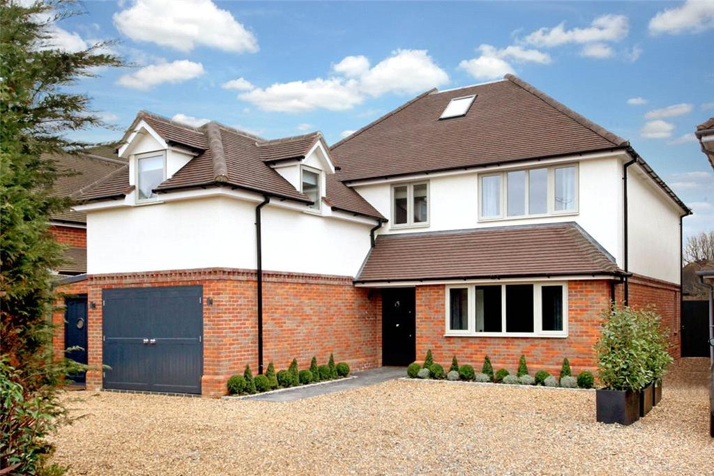 5 Bedrooms Detached House for sale in Lakes Lane, Beaconsfield, HP9