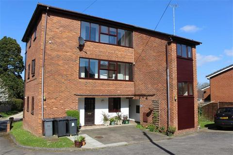 2 bedroom apartment to rent - Westminster Court, London Road, Gloucester