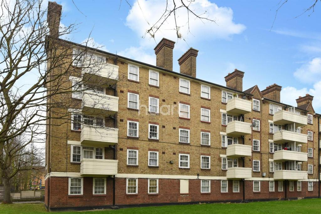 3 Bedrooms Flat for sale in Bethwin Road, Camberwell SE5