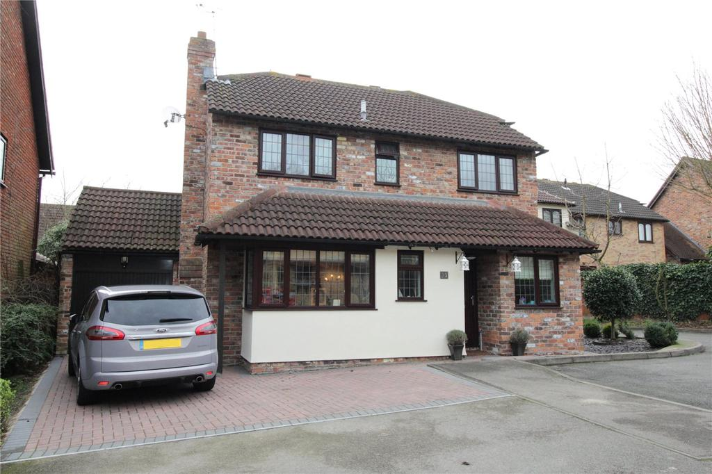 4 Bedrooms Detached House for sale in The Lindens, Langdon Hills, Essex, SS16