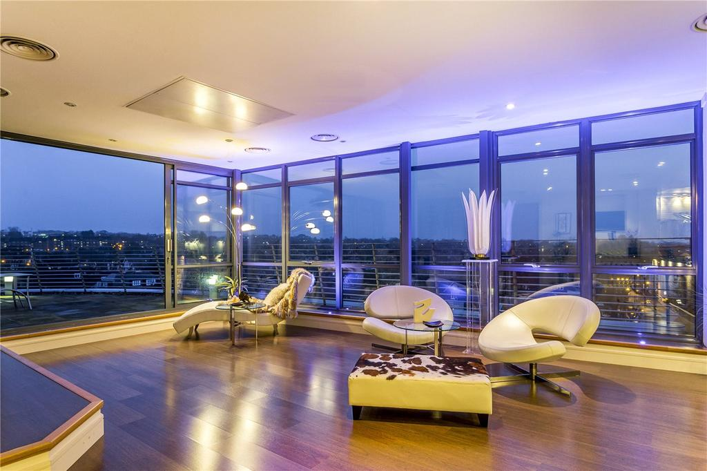 3 Bedrooms Penthouse Flat for sale in Percy Laurie House, 217 Upper Richmond Road, London, SW15
