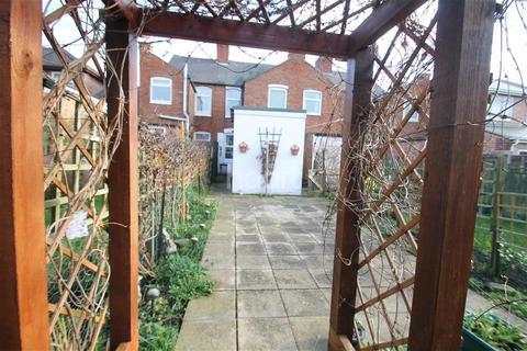 2 bedroom terraced house to rent - Spencer Street, Oadby