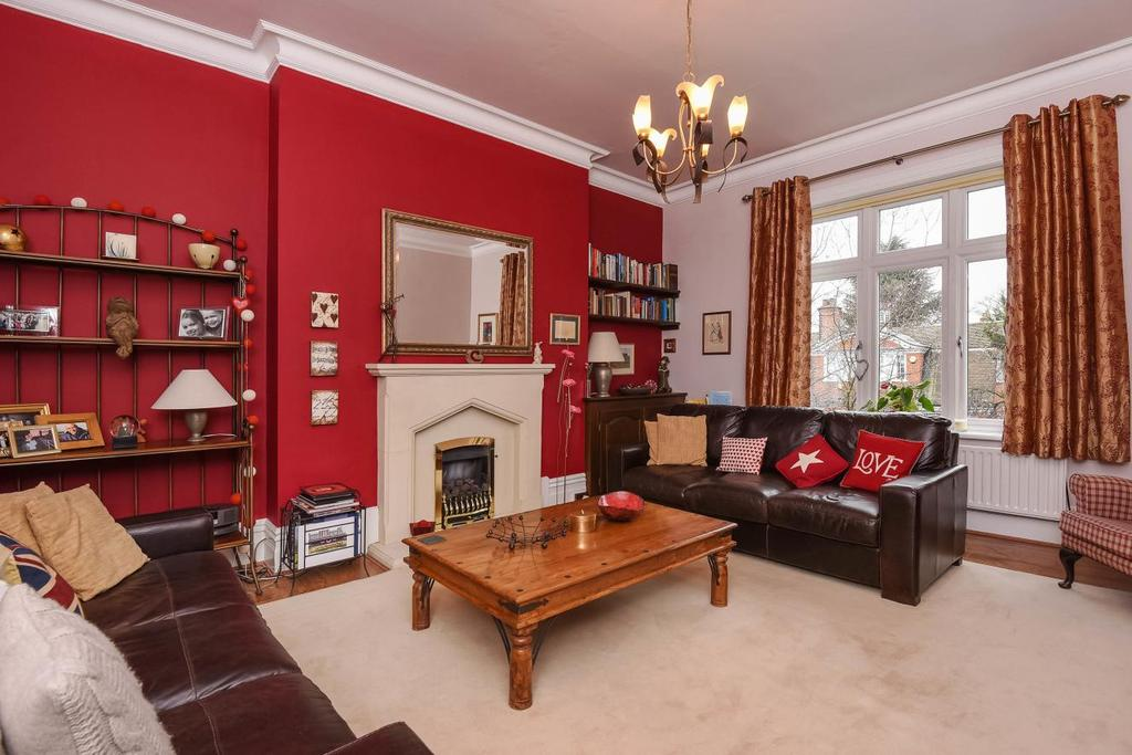 3 Bedrooms Flat for sale in Homefield Road, Bromley, BR1