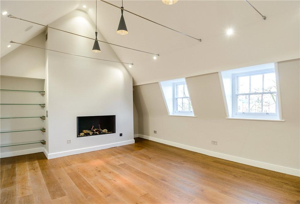 2 Bedrooms Flat for sale in Islington High Street, London, N1