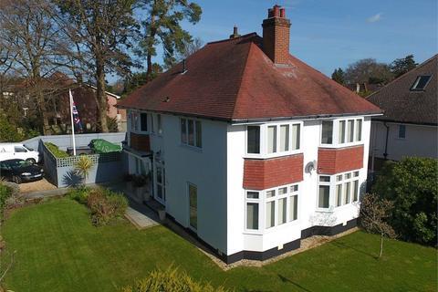 4 bedroom detached house for sale - Branksome Dene Road, Branksome Dene, Bournemouth