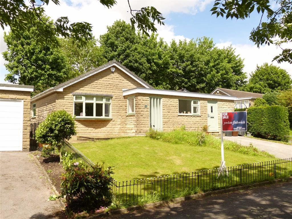 3 Bedrooms Detached Bungalow for sale in Temple Avenue, Padfield, Glossop