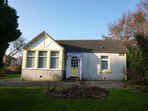 3 Bedrooms Cottage House for sale in Comely Cottage, 1 Dunclutha Lane, Kirn, Dunoon, PA23 8LH