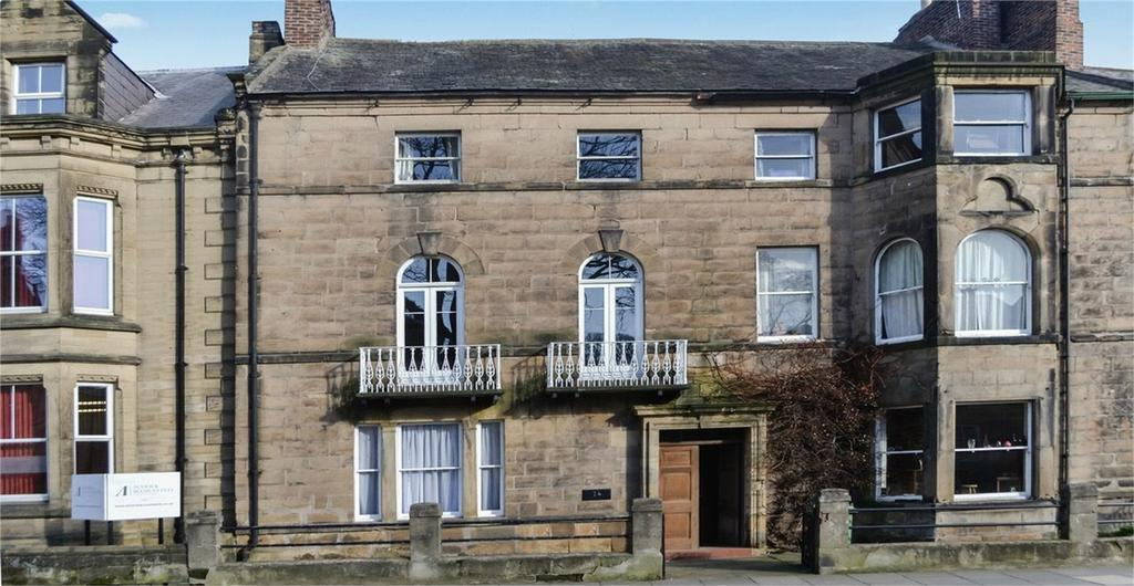 5 Bedrooms Terraced House for sale in 14 Bondgate Without, ALNWICK, Northumberland