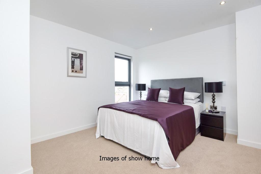 1 Bedroom Flat for sale in Spur House, Milner Road, Wimbledon