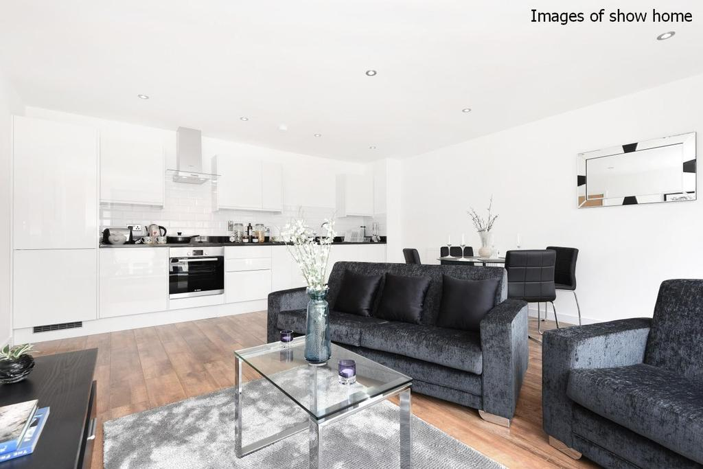 2 Bedrooms Flat for sale in Spur House, Milner Road, Wimbledon