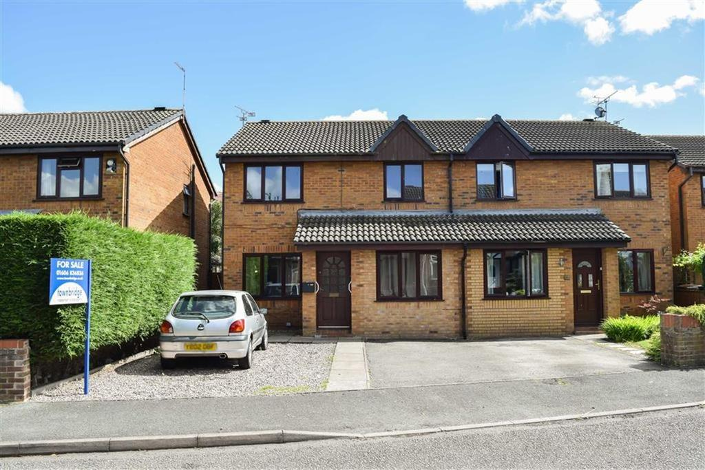 3 Bedrooms Semi Detached House for sale in Davenham Way