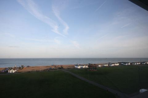 Studio to rent - The Strand, Walmer, Deal