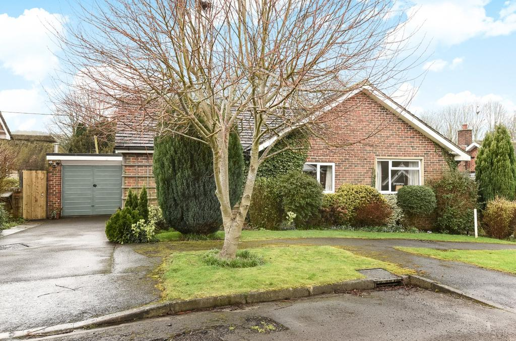 3 Bedrooms Detached Bungalow for sale in The Hop Garden, South Harting, GU31