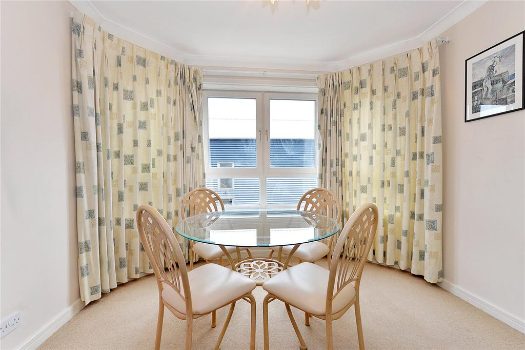 2 Bedrooms Flat for sale in Artemis Court, Homer Drive, London
