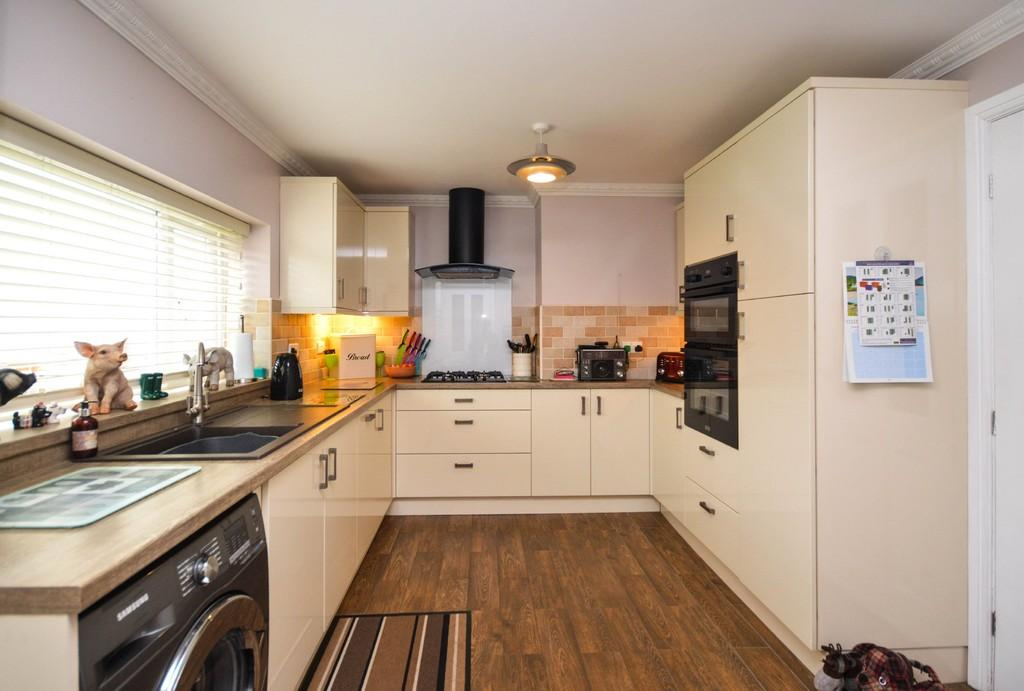 3 Bedrooms Terraced House for sale in Maes Hyfryd, Beaumaris, North Wales