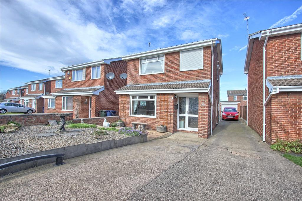 3 Bedrooms Detached House for sale in Crestwood, Redcar